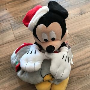 New Mickey Mouse large plush & blanket Set